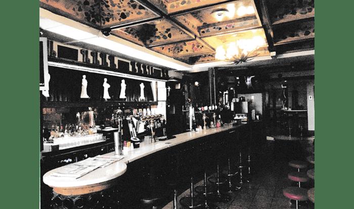 Davy-Byrnes-21-Duke-Street-Dublin-bar